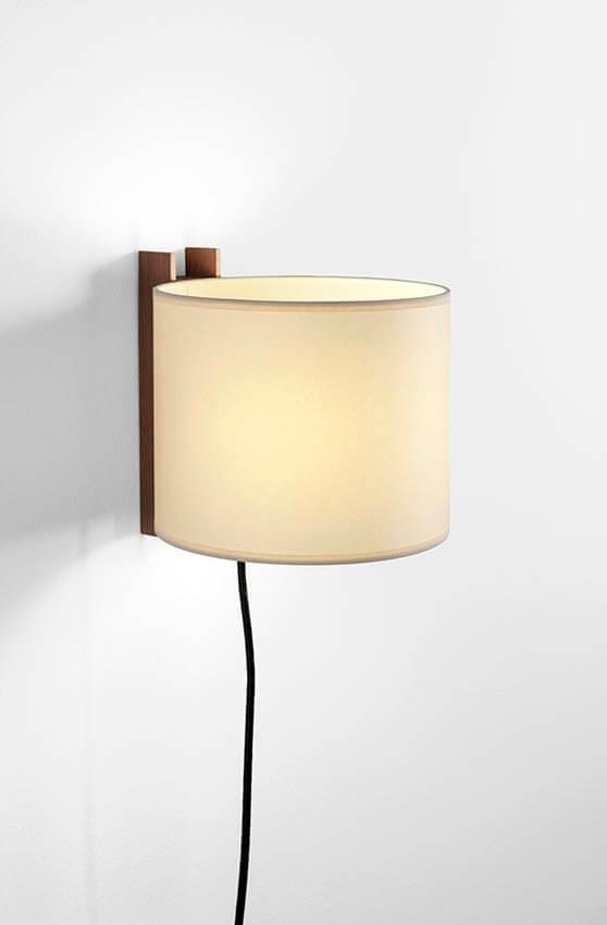 TMM Corto væglampe, valnød/beige m/ledning